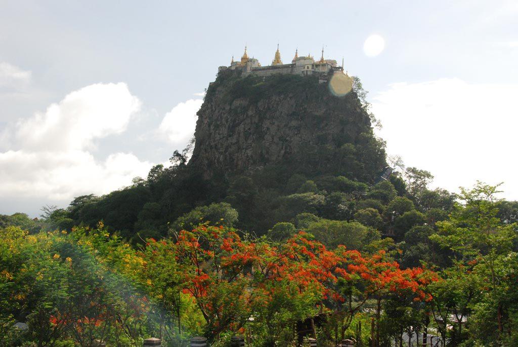 Il monte Popa
