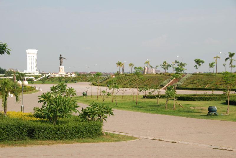 Lungofiume a Vientiane