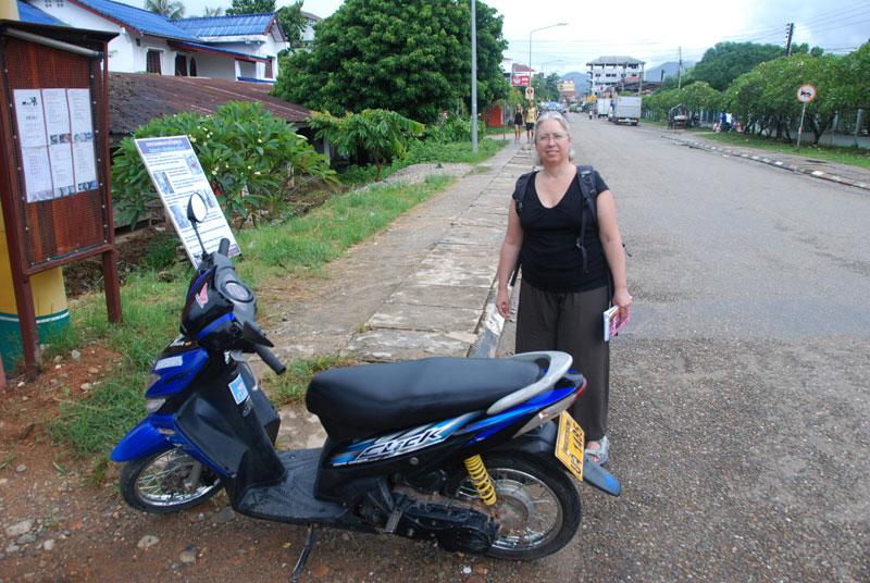 motorino a Vang Vieng