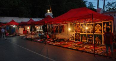 mercato notturno di Luang Prapang