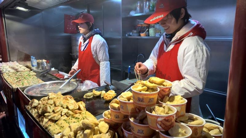 venditori di ravioli fritti