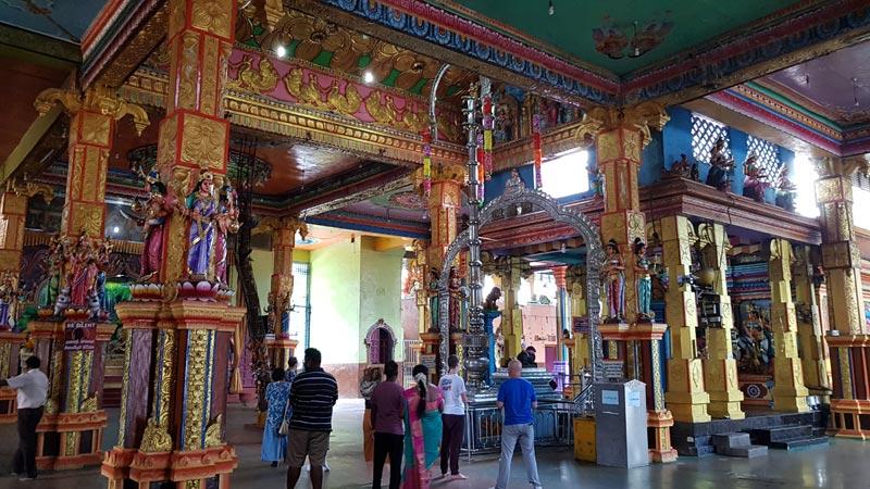L'interno del tempio di Matale