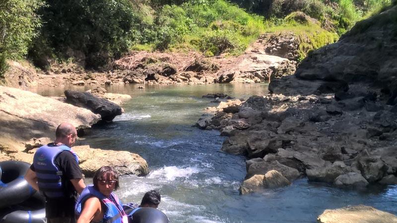 Il tubing riprende sul fiume Oya