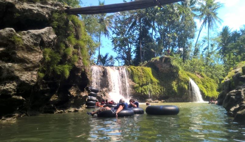 Le cascate,  tappa finale del tubing sul fiume Oya