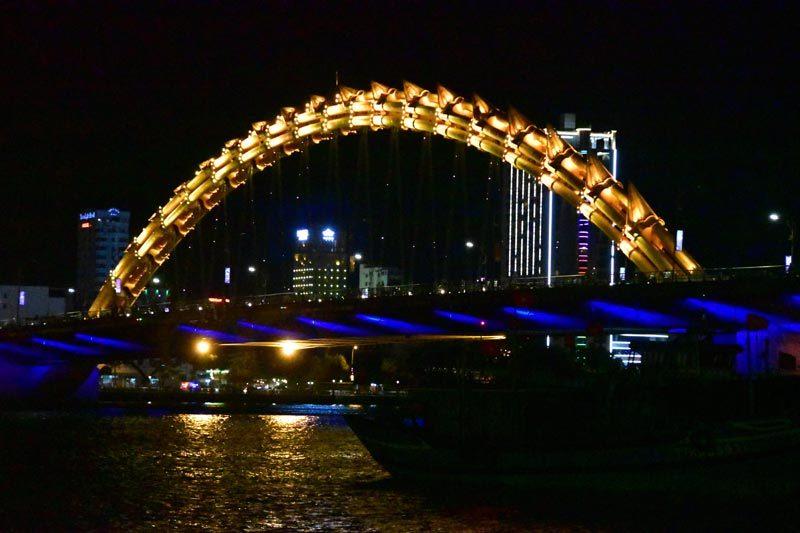 Il ponte del drago a Da Nang