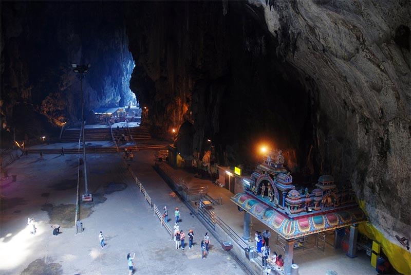La seconda grotta delle Batu Caves