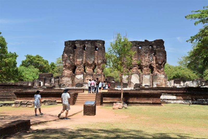 L'ingresso al Palazzo Reale di Polonnaruwa