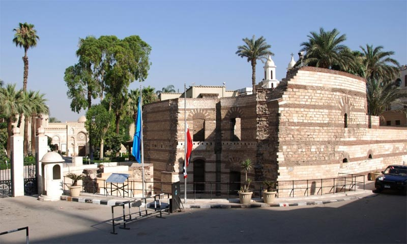 La porta d'ingresso al quartiere copto del Cairo