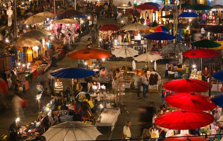 night bazaar di Chiang Mai