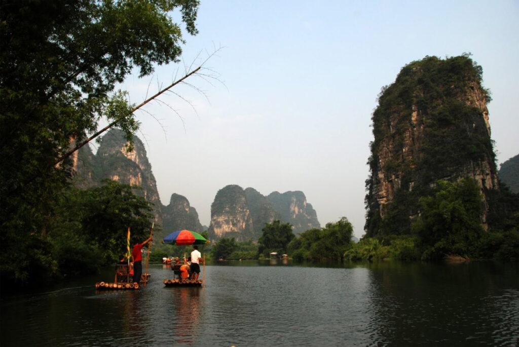 zattera fiume Yulong